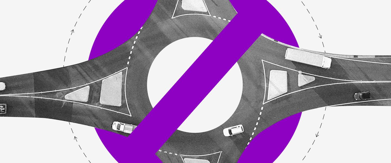 CPF irregular: Via de carros circular com uma placa de proibido roxa em cima