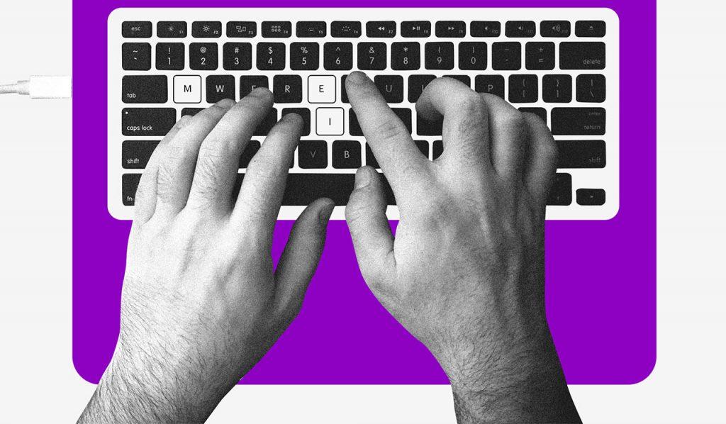 Trabalho autônomo: duas mãos digitando, em destaque a sigla MEI