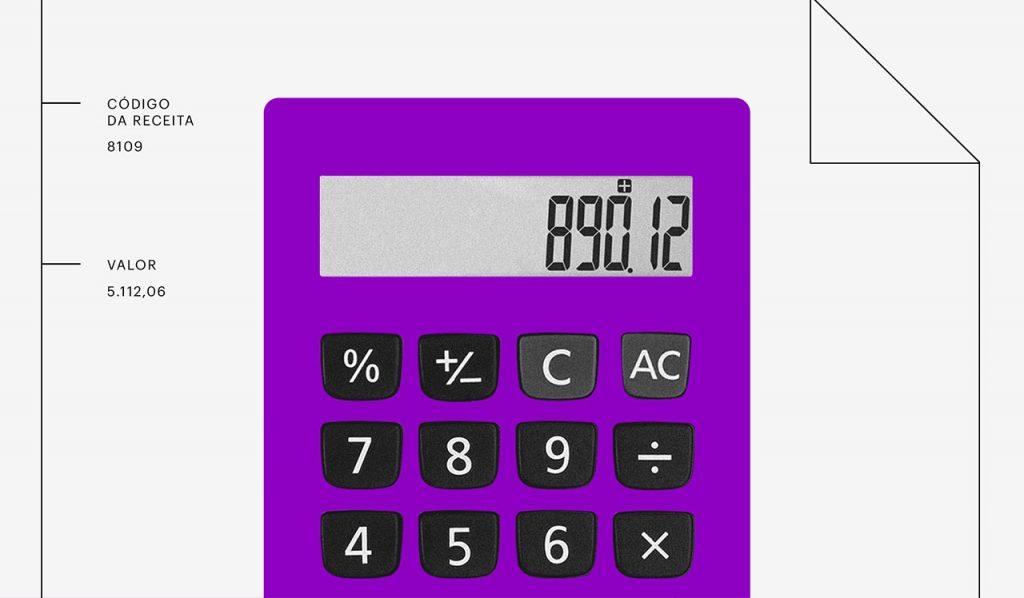 MP 927: Calculadora roxa com números na tela