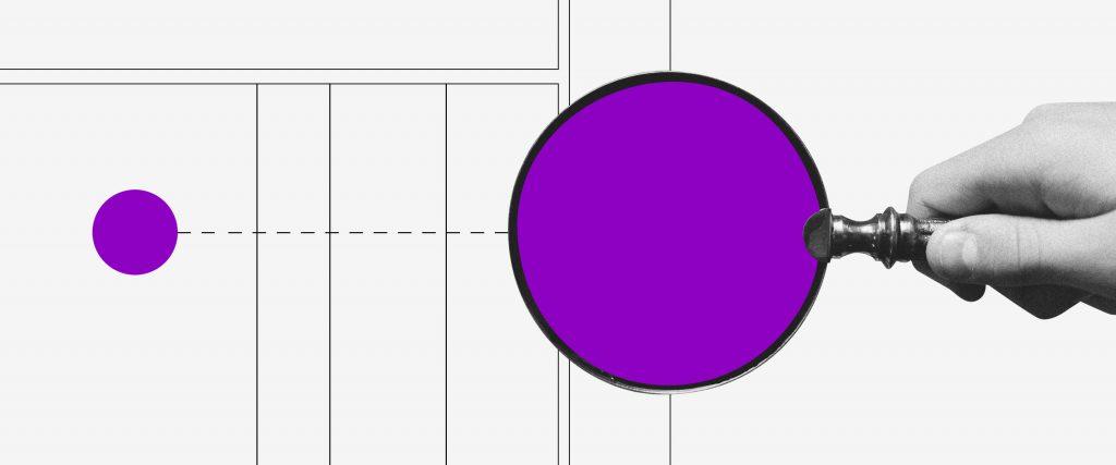 Extrato do INSS: imagem mostra mão segurando uma lupa roxa sobre uma bolinha roxa