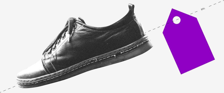 Ilustração de um sapato preto visto de lado com uma etiqueta roxa