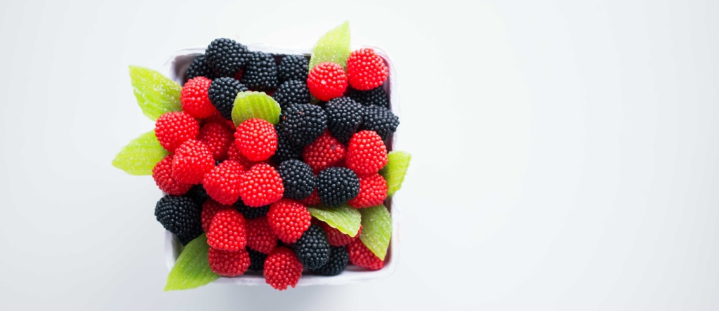 Frutas cristalizadas unidas em arranjo quadrado